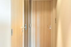 Porte intérieure dans couloir